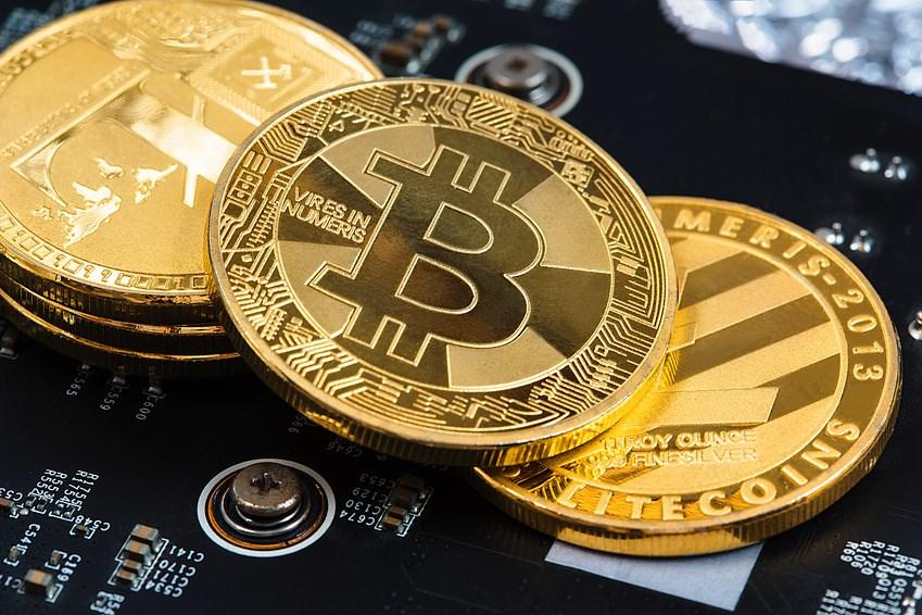 Vijf redenen om (niet) in bitcoins te investeren